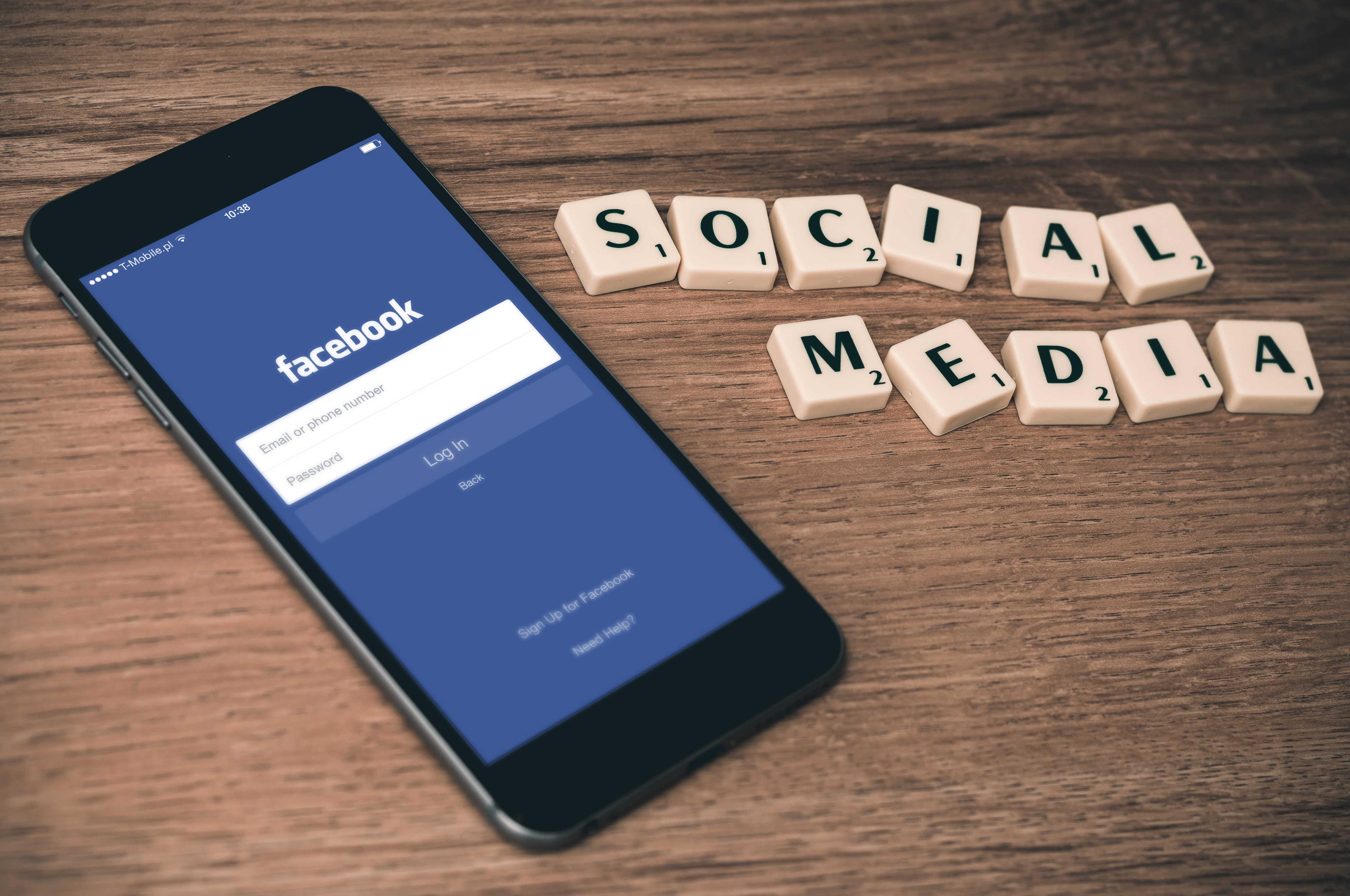 Réseaux sociaux : pages Facebook, des formats différents selon les besoins des entreprises