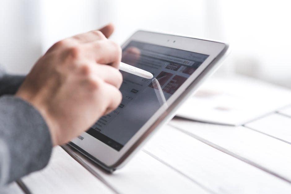 Les outils marketing indispensables pour votre agence social média Rennes